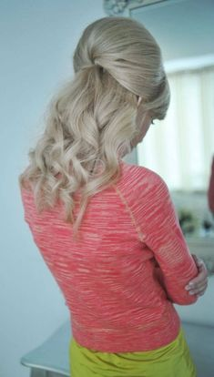 Wear Vintage Hairstyles todaay In 2020 7 Hairstyles the You D totally Wear today In 2020 Ombré Hair, Hair Dos, Curly Hair, Men Hair, Retro Hairstyles, Wedding Hairstyles, Teased Hairstyles, Backcombed Hairstyles, Bridesmaid Hairstyles