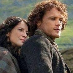 Closeup of Claire and Jamie Jamie Fraser, Claire Fraser, Jamie And Claire, James Fraser Outlander, Outlander Book Series, Sam Heughan Outlander, Gabaldon Outlander, Diana Gabaldon Books, Cinema