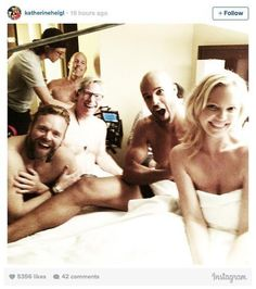 Hollywood star Katherine Heigl has shared a photo of herself and the crew of her new TV show 'State Of Affairs'… with them all seemingly in the nude.