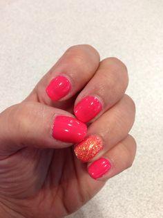 Vacation nails! Coral shellac
