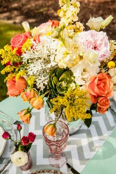 Charleston Weddings - Jeanne Mitchum Photography - MOD Events - Tulips - Chevron - Legare Waring House