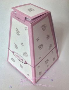 Sheila's Super Duper Crafty Corner: YOU CAN NEVER HAVE TOO MANY BOXES - ESPECIALLY WHEN IT'S A FREEBIE!