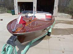 1960 Chris Craft Mahogany classic ski boat and trailer - BoatBoss.com