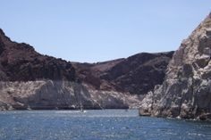 Only minutes from the glitter and glamour of Las Vegas is a very different kind of fun! Just a short drive from the valley of neon lies another world - Lake Mead and the mighty Hoover Dam.