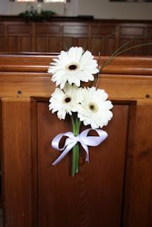 pretty for aisle decorations. different colors