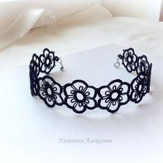 P1 heart crown crochet queen EARRINGS Jewellery