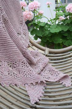 Plum, Blanket, Knitting, Crafts, Scarves, Hobbies, Honey, Diy, Sweaters