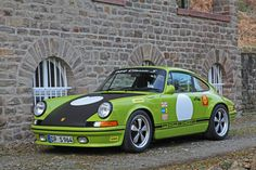 Porsche 911 (964) modified by DP Motorsport.