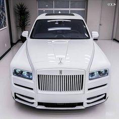 Cullinan by billionaire toys Rolls Royce Wraith, Rolls Royce Phantom, Rolls Royce Cars, Porsche, Audi, Lamborghini, Bugatti, My Dream Car, Dream Cars