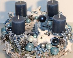 Christmas Advent Wreath, Christmas Swags, Xmas Wreaths, Christmas Toys, Blue Christmas, All Things Christmas, Winter Christmas, Christmas Flower Arrangements, Christmas Centerpieces