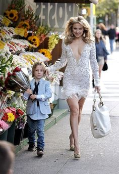 Kate Hudson...I love the idea of a formal date picture with my boy!