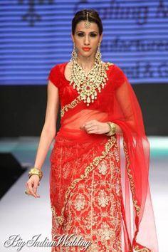 Laxmi Jewellery bridal showcase at IIJW 2012