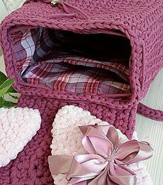 """98b8a344641f Вязаные сумки и рюкзаки on Instagram: """"В наличии🔥 Очаровательный рюкзачок  цвета амарант. Связан из 100% хлопка, прочный и вместительный."""