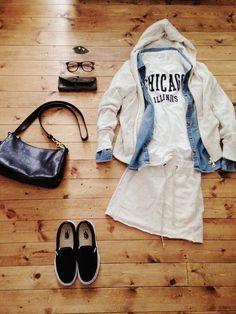 アクセサリー/atelier bloom コットンパール2WAYピアス アウター/FREDY&GLOSTER デニムシャツ/used トップス/ZARA BOYS スカート/Bianca's closet bag/IL BISONTE shoes/VANS #Hoodie #Denimshirt #Spring #Style #Casual #Outfit