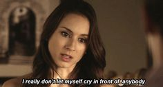 gif pretty little liars sad spencer hastings tv show cry hard relatablegifs Spencer Hastings, Pretty Little Liars Español, Spencer And Toby, Troian Bellisario, Tv Quotes, Funny Quotes, Expressions, Black And White Pictures, Pll