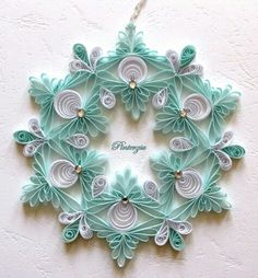 Quilled Snowflake by Pinterzsu on DeviantArt - I really like this one! Very unique