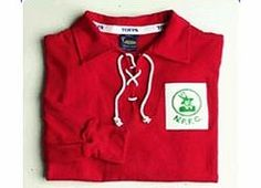 Notts Forest Toffs Nottingham Forest 1950s Shirt Nottingham Forest 1950s Shirt This shirt is long sleeved and made from 100% cotton. Please allow up to 6 weeks for the delivery of our retro shirts. http://www.comparestoreprices.co.uk/football-shirts/notts-forest-toffs-nottingham-forest-1950s-shirt.asp