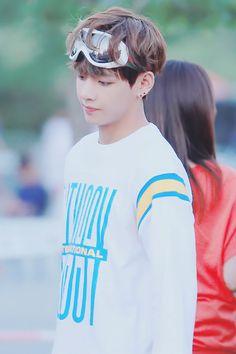 BTS | V (Taehyung)