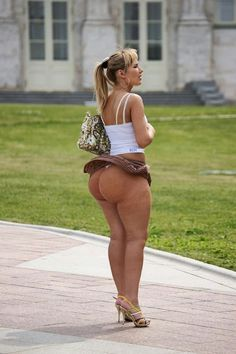 Mini valley porn real of skirt girls