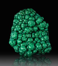 """mymodernmet: """"Intensely Green Malachite Crystals Look like They're Covered in Drops of Vibrant Paint """""""