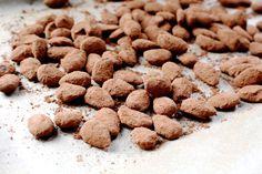 Recept voor amandelen met kaneel en chocolade uit de oven. Zonder zuivel!