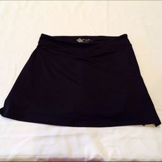 Colorado Clothing Tranquility Athletic Skort Super soft versatile Skort for the woman on the go.  Running, tennis yoga, you name it.  This Skort is in excellent condition, only worn a couple of times. Colorado Clothing  Shorts Skorts