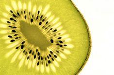 "https://flic.kr/p/MxcM4c | Kiwi - MM Backlit - Explored 24.10.2016 | The result of my ""Fruit & Veggie - Slaughter - Weekend"" :-))  24.10.2016 Macro Mondays Theme Backlit  H M M ! 😁"