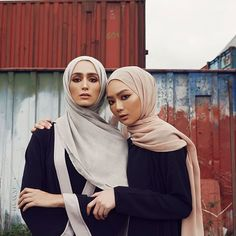 INAYAH | Black Wrap Front Coat Toffee Cotton Jersey Slip Dress Dusty Rose Soft Crepe Hijab - Black Wrap Front Kimono with Contrast Feather Grey Modal Hijab www.inayah.co