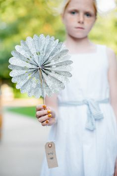 Obsessed with this crinkle #flowergirl fan, what a fun, unique and pretty idea for spring and summer weddings. We want a #DIY!