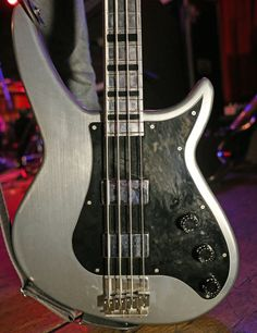 1000 images about bass guitars on pinterest bass guitars bass and fender american deluxe. Black Bedroom Furniture Sets. Home Design Ideas