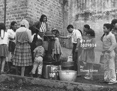 News Photo : Residents of a slum quarter of Bogata Colombia...circa 1960: neighbourhood.
