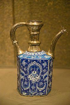 Ceramic & Gold- At the Museum of Islamic Art, Doha Turkish Tiles, Portuguese Tiles, Moroccan Tiles, Arabic Art, Islamic Art Calligraphy, Historical Art, Decoration Design, Pottery Art, Pottery Clay
