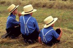 Google Image Result for http://danielrphoto.com/files/2012/02/Three-Amish-Boys-in-Blue-Copyright_Daniel-Rodriguez-300x199.jpg