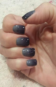Ombre nails Essie Under the twilight and petal pushers.