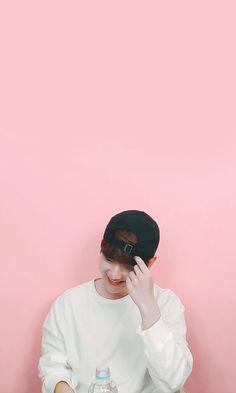 Baekhyun Wallpaper, Exo Group, Exo Lockscreen, Celebrity List, Exo Korean, Puppy Face, Weird Creatures, Exo Chanyeol, Exo Members