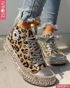 Leopard Rivet Embellished Lace-Up Sneakers Style:Fashion Pattern Type:Leopard Material:Canvas Occasion:Casual Package Incl. Yeezy Sneakers, Casual Sneakers, High Top Sneakers, Casual Shoes, Leopard Sneakers, Shoes Sneakers, Casual Pants, Leopard Print Converse, Sneakers Design