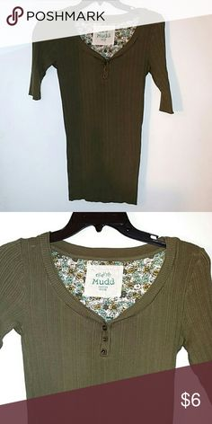 Dark green MUDD top Soft, comfy fitted top Mudd Tops