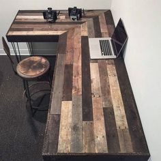 17 Excellent and Creative Ideas for Pallet Furniture https://www.futuristarchitecture.com/31811-pallet-furniture.html
