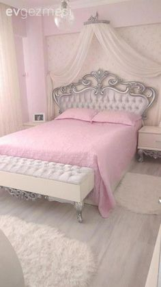 Eve& wife, full of labor and pleasure .- Havva hanımın, emek ve zevk dolu evi. When the marble of the old telephone was broken, it was used as a mosquito net after painting the bottom of the coffee table in silver. Pink Bedroom Decor, Pink Bedrooms, Princess Bedrooms, Girl Bedroom Designs, Girls Bedroom, Cute Room Decor, Home Room Design, Dream Rooms, Luxurious Bedrooms