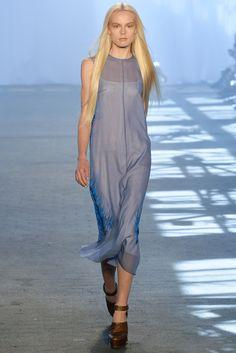 Jen Kao Spring 2014 Ready-to-Wear Fashion Show
