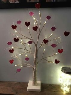 valentines day decorations 47 New Ideas For Recycled Art Projects For Kids Diy Room Decor Diy Valentine's Day Decorations, Valentines Day Decorations, Valentine Day Crafts, Holiday Crafts, Spring Crafts, Recycled Art Projects, Projects For Kids, Diy For Kids, Crafts For Kids
