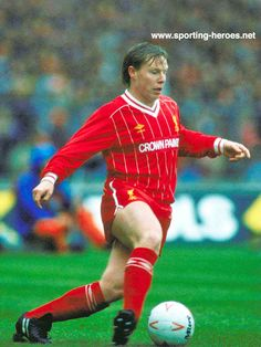 Sammy Lee - Liverpool FC - League appearances.