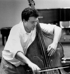 Edgar Meyer Edgar Meyer is an American bassist, multi-instrumentalist and composer. His styles include classical, bluegrass, newgrass, and jazz. Meyer has worked as a session musician in Nashville, part of various chamber groups, a composer, and an arranger.