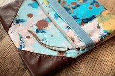 DIY: leather and cotton clutch