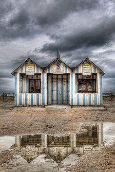 157 - Sea house (on Cool and the Bang)