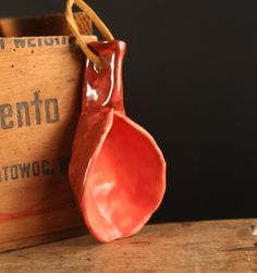 Ok I want this.  Ceramic coffee scoop.