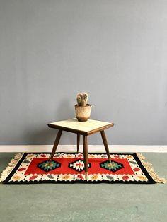 Mid Century Blumenhocker Vintage Pflanzenständer Cactus, Mid Century, Rugs, Interior, Table, Plants, Furniture, Etsy, Home Decor
