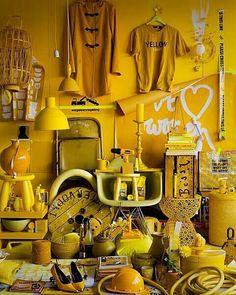 Yellow | Giallo | Jaune | Amarillo | Gul | Geel | Amarelo | イエロー | Colour… AMARILLO ♡