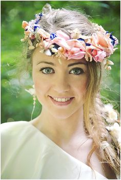 Flower headdress with pink and blue colouring on French Wedding Style with Photography © Emeline Hamon