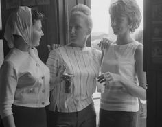 For summer fun in 1964, stylish ladies set out to the Hamptons for beach parties.